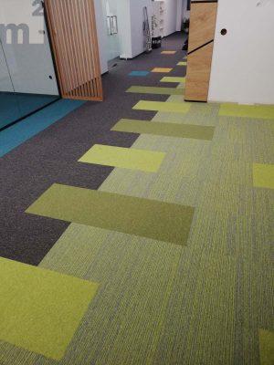 Място на мокета в съвременните офис пространства